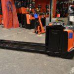 BTLPE 250 // 1.470 Std. / 2.330 mm lange Gabeln / sehr guter Zustand