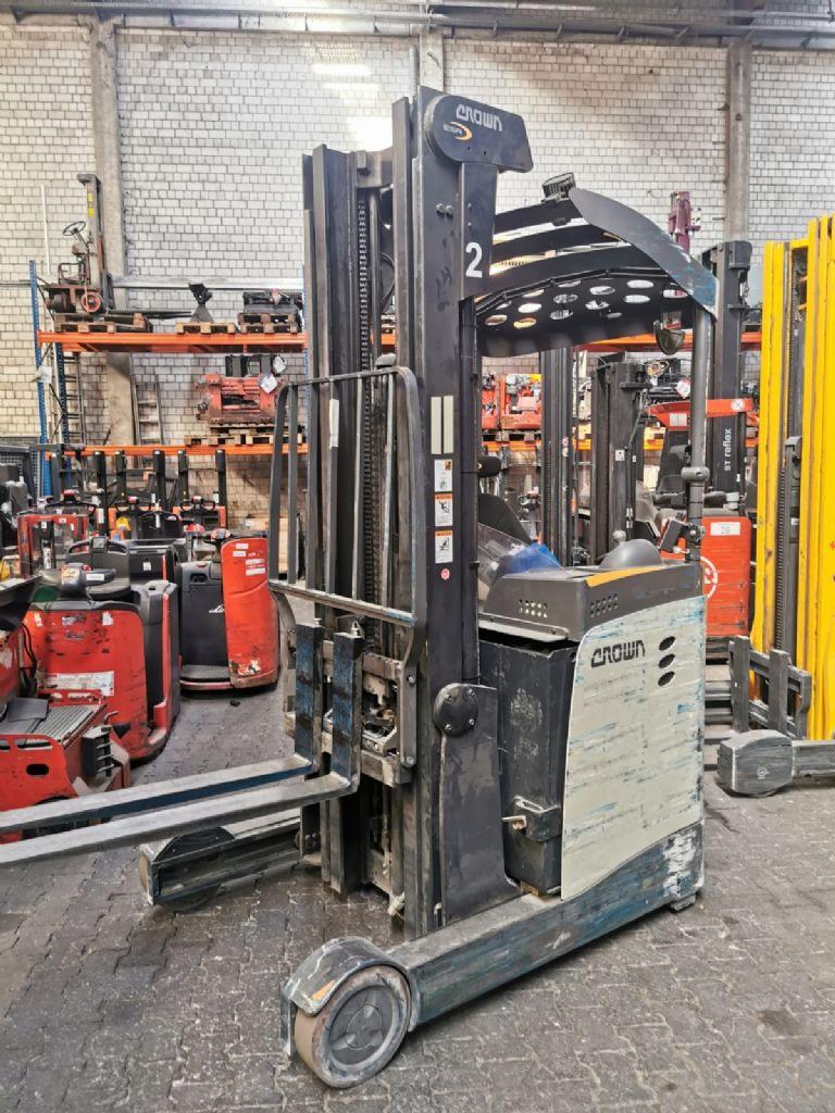 Crown ESR5000-16OPT3 // Seitenschieber / HH 6.690 mm / FH 2.285 mm / Triplex